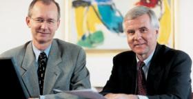 Henrik Hjerrild Hansen & John Lundskov Larsen på kontoret i Fuengirola